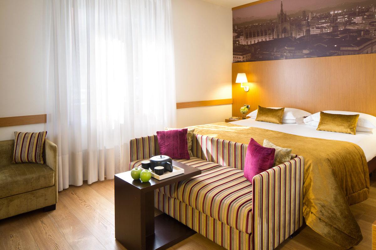 11.Hotel Tourist copia