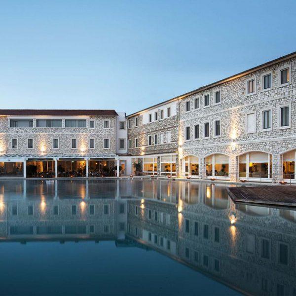 Terme di Saturnia Resort & SPA: vista dell'esterno