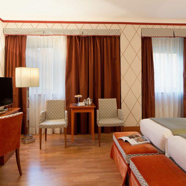 Starhotels Metropole a Roma: Dettaglio stanza deluxe