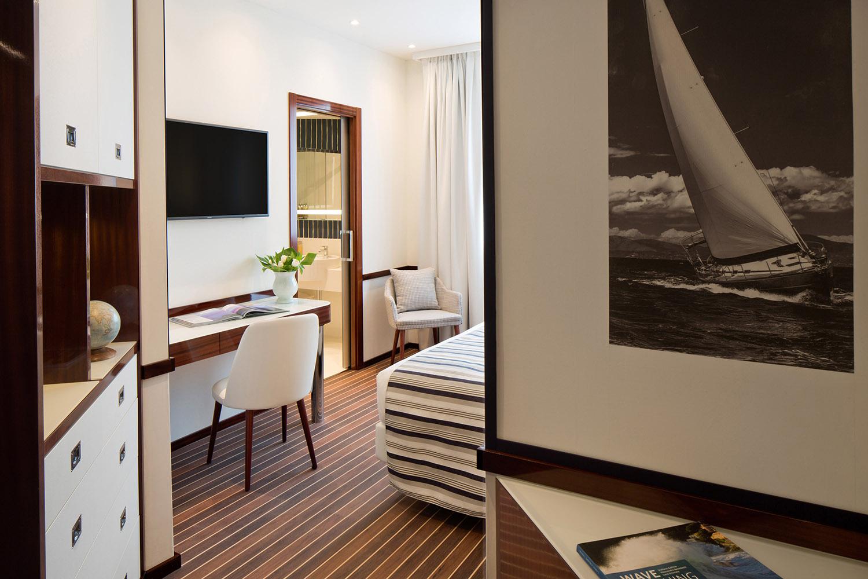 Starhotels President a Genova: Camera Deluxe