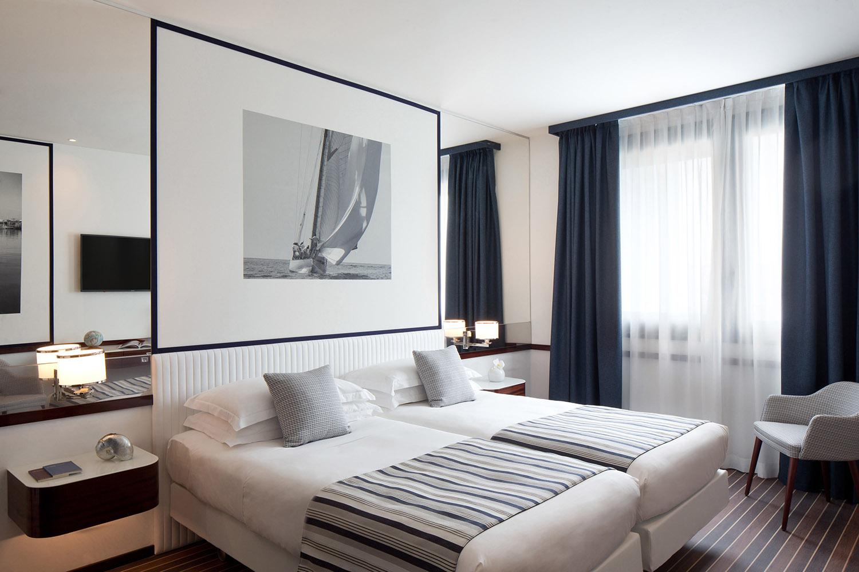 Starhotels President a Genova: dettagli twin beds stanza Deluxe