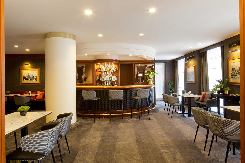 Starhotels Tourist a Milano: Bar