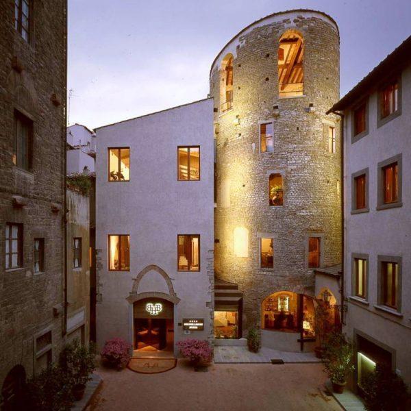 Hotel Brunelleschi a Firenze: vista dall'esterno